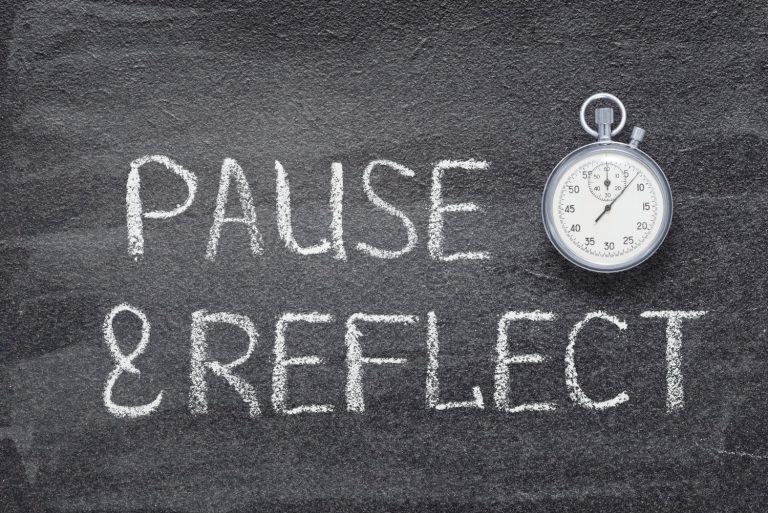 Schild Pause und Reflect