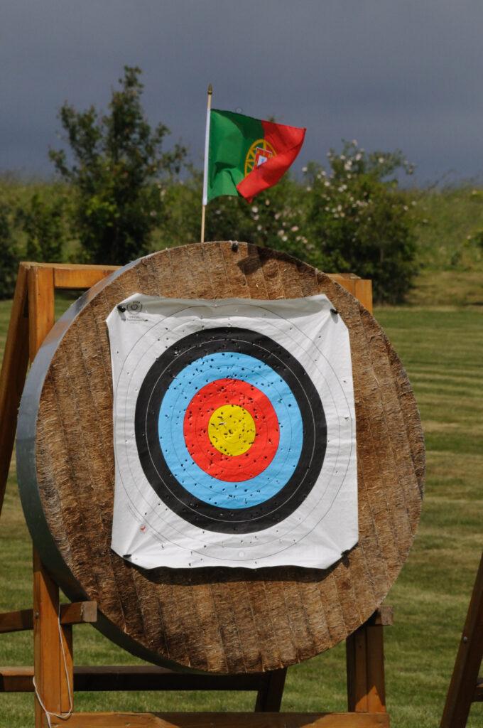 Runde Zielscheibe aus Stramit mit Ringauflage